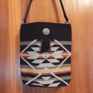 Krazy-Bear-Indian-Blanket-Purse-Black-White-1.